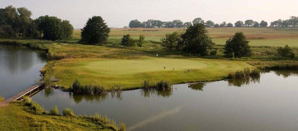 Elisefarm golfbana