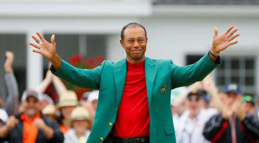 Tiger Woods i grön kavaj